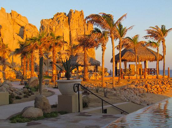 Grand Solmar Land's End Resort & Spa: nearing sunset at the adult pool