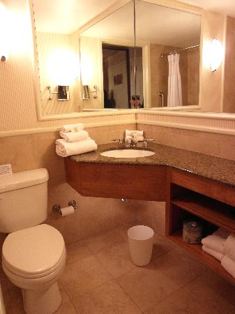 Bathroom Sinks Baton Rouge room 607 bathroom-- wonderful shower! - picture of crowne plaza