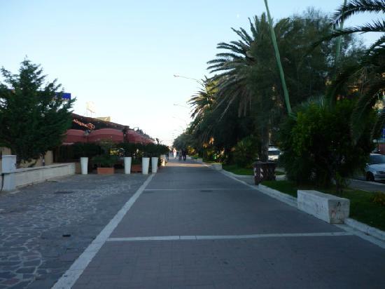 Hotel Pescara Bord De Mer