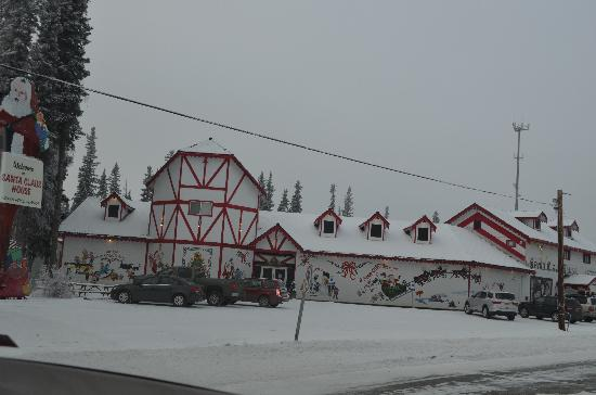 North Pole, AK: Santas House