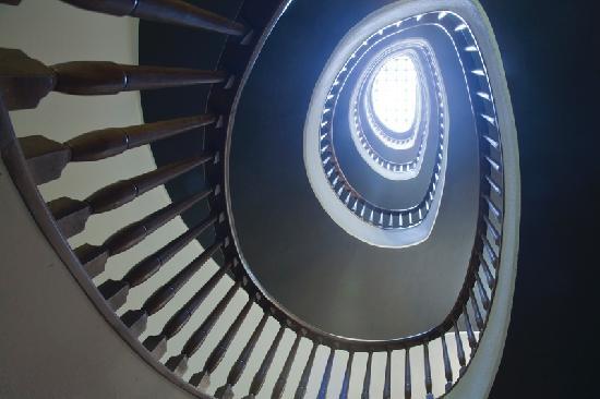 Hotel Primero Primera: Escalera