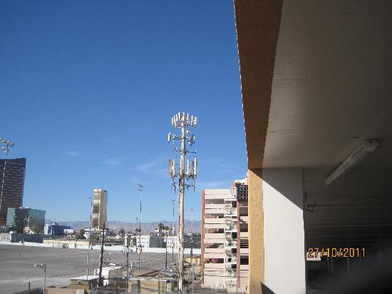 SpringHill Suites Las Vegas Convention Center: cellular antennas