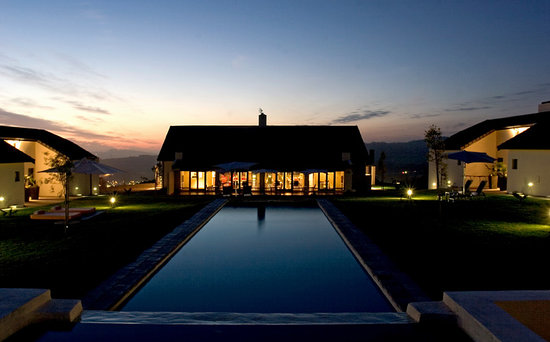 African Valley Estate: Night view