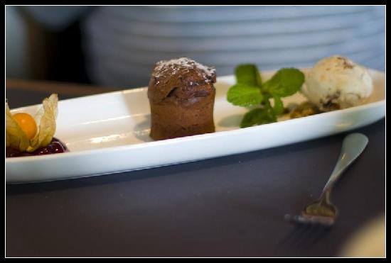 Restaurace Na Kopci: soufflé with ice cream