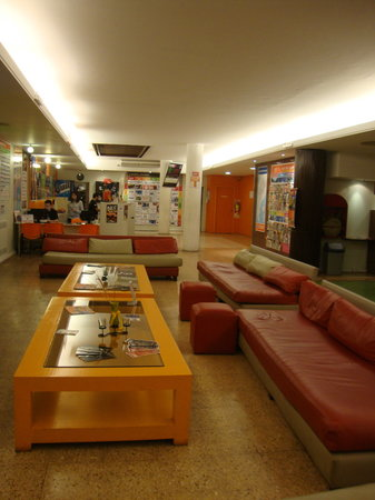 Hostel Suites Florida: Communal area