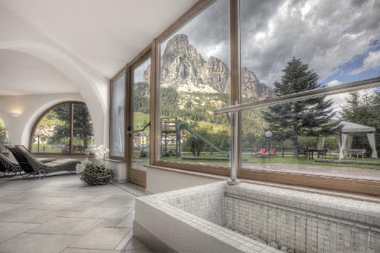 Hotel La Tambra: wellness con vista