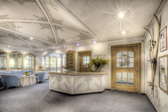 Hotel La Tambra: reception