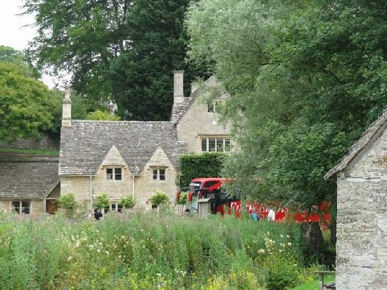 Evan Evans Tours: Village of Bibury