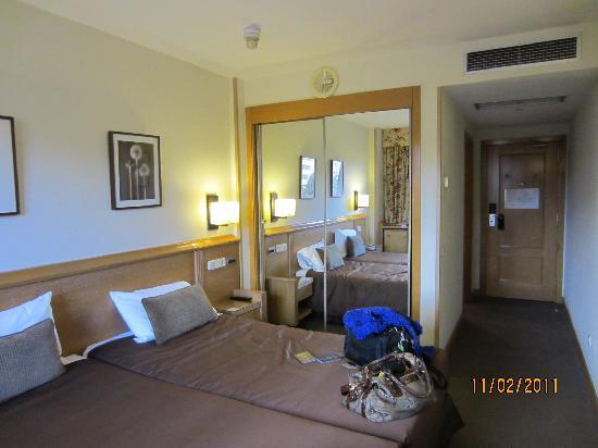 Fotograf a de holiday inn madrid pir mides madrid - Hotel piramide madrid ...