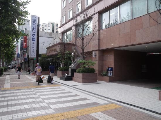 โตเกียวอินน์ปูซานสเตชั่น 2: Toyoko Inn Busan Station 2 Hotel