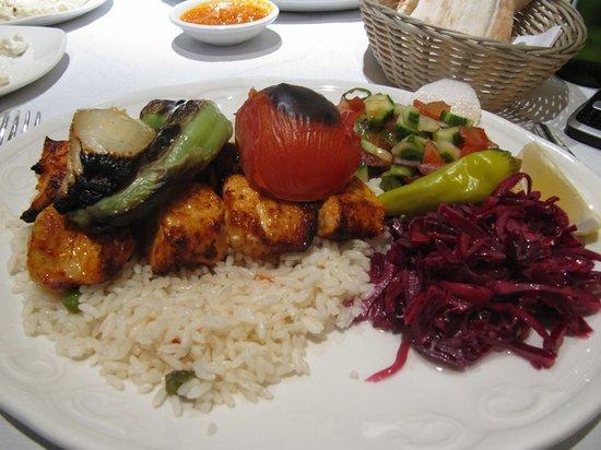 Ekin Restaurant : chicken shish