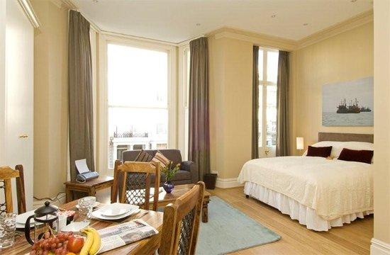 59 Longridge Road-Serviced Apartments