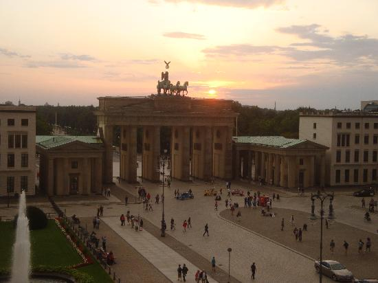 Hotel Adlon Kempinski: Sunset in Berlin