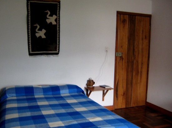 Hostal Chimenea: Compfy bed...