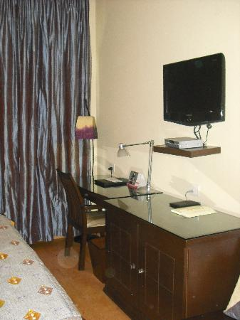 juSTa Greater Kailash, New Delhi: room 305