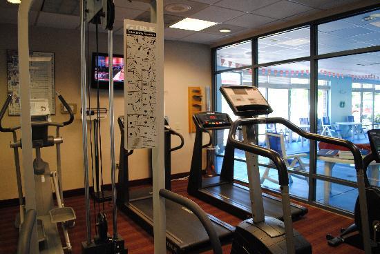 هامبتون إن كوليدج بارك: Fitness Center