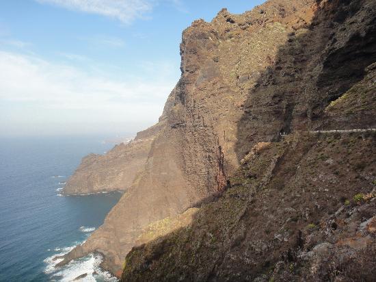 Punta de Teno : The road to Teno...