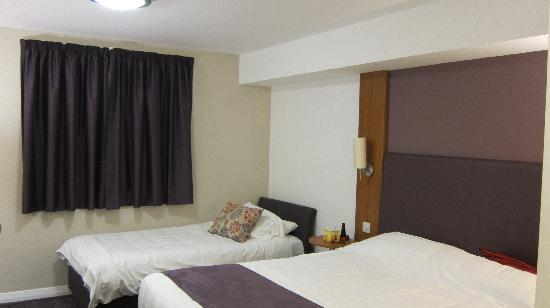 Premier Inn Exeter Central St Davids Hotel: Very comfortable rooms