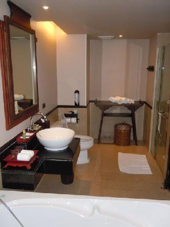 Siripanna Villa Resort & Spa: Bathroom