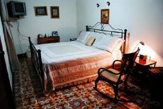Hotel Casa Robleto: Cuarto Matrimonial