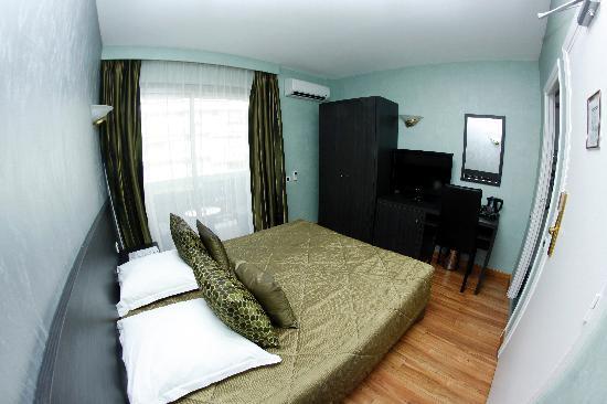Hotel Cannes Gallia: Chambre