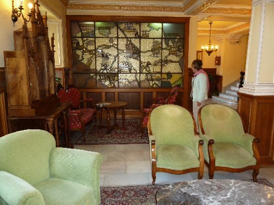 Hotel Norte y Londres: Charming lobby