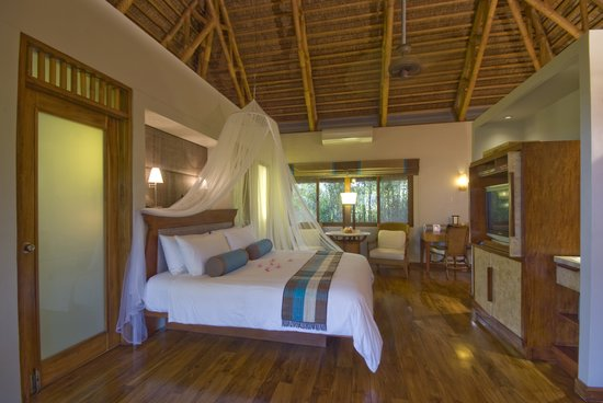 Eskaya Beach Resort & Spa: Deluxe Seaview