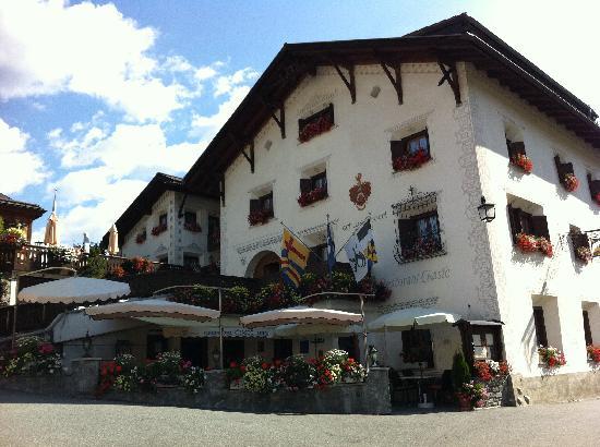 Schlosshotel Chaste : l'esterno dell'albergo