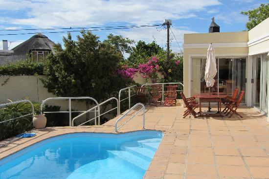 Anha Casa Guest House: Terrasse