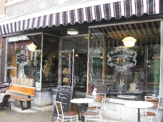 Olde Brooklyn Bagel Shoppe: Exterior - front