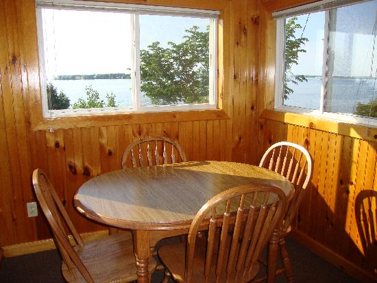 Angel Rock Waterfront Cottages: View from Cottage #6 kitchen