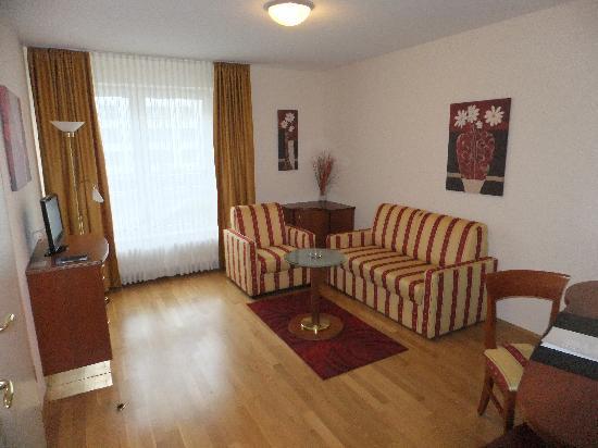 NewLivingHome: Wohnzimmer
