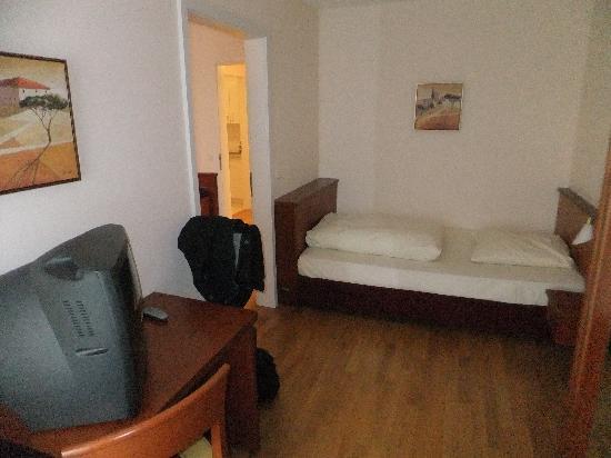 NewLivingHome : Schlafzimmer