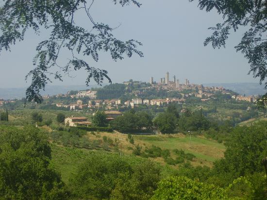 Villa Baciolo: View of San Gimignano