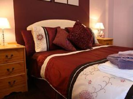 Exton House: All our rooms are en-suite