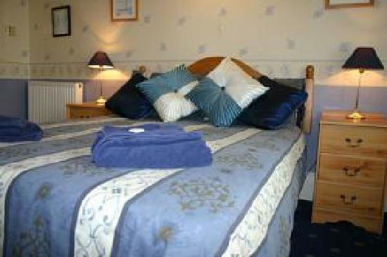 Exton House: We have an adjoining double/single room which is multi-purpose