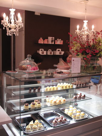 Sweet Zurich Tour: Charming boutique in the old town