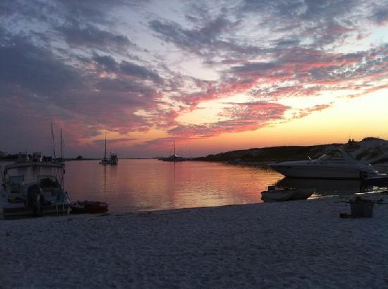 Pensacola Beach: a favorite anchorage of sailors