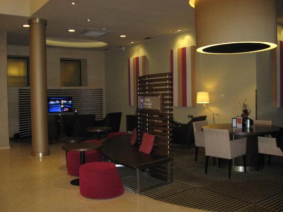 Sheraton Prague Charles Square Hotel: Lobby