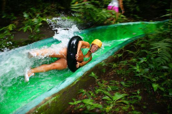 Costa Rica Pura Vida Swiss Management Day Tours: Water Slide!