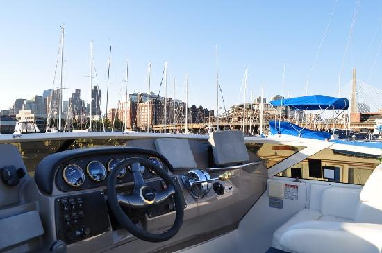 Constitution Marina's Bed & Breakfast Afloat: Great city view from the pilot house