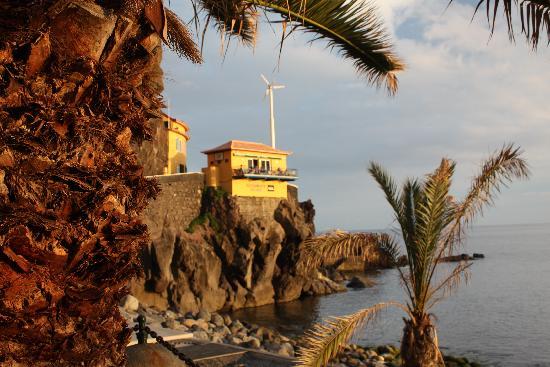 Restaurante Sol Poente : Die Bar vom Strand aus gesehen