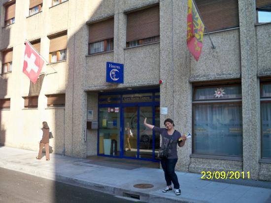 City Hostel Geneva : front view