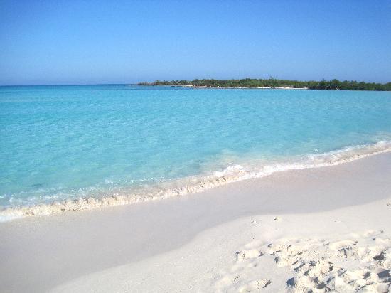 Hotel Brisas Covarrubias: Superbe plage