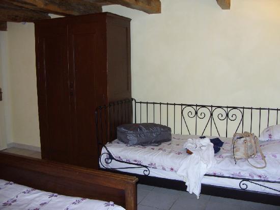 Le Moulin au Fil de l'Eau : Single bed
