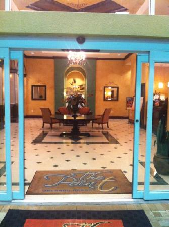 The Point Hotel & Suites: Front door entrance