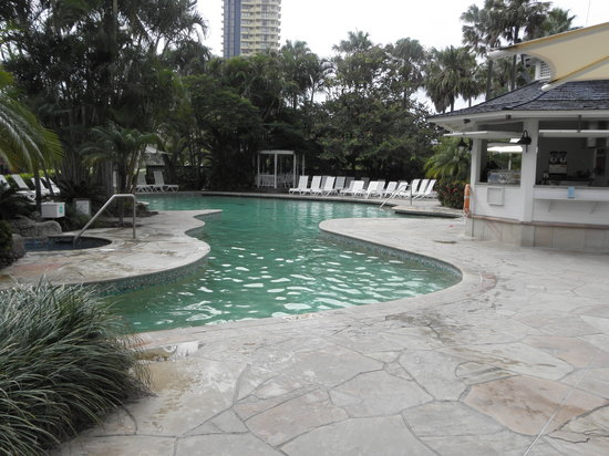 Surfers Paradise Marriott Resort & Spa: The main pool and canal that leads to the rock pool area