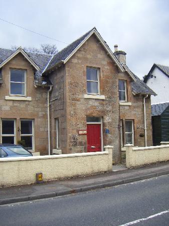 Glenardran House: Front door