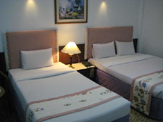 Tanyong Hotel Narathiwat : Family Room