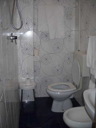 Holiday Hotel : Bagno